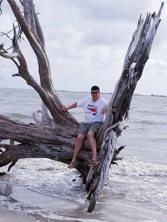 Days Inn & Suites by Wyndham Jekyll Island: Husband's birthday trip to Days Inn on Jekyll island