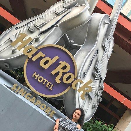 Hard Rock Hotel Singapore Resmi