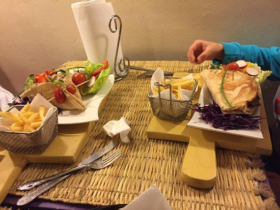 Corner Cafe: falafel y kebab