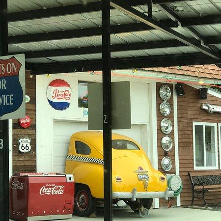 Winthrop, Maine: Fast Eddies Drive-In
