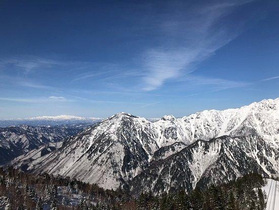 Shinhotaka Ropeway: 遠く白山