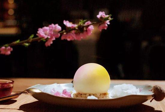 Goooooood Afternoon: 生机(shēng jī)ginger & milk mousse /sesame paste