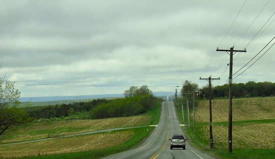 Flight 93 National Memorial: Lincoln Highway westbound towards the memorial