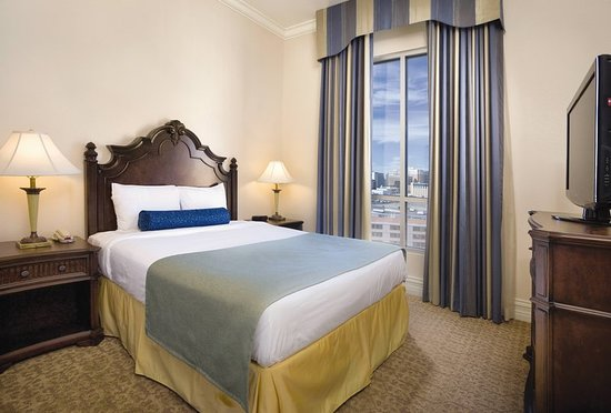 Wyndham Grand Desert 119 1 2 7 Updated 2018 Prices Hotel Reviews Las Vegas Nv
