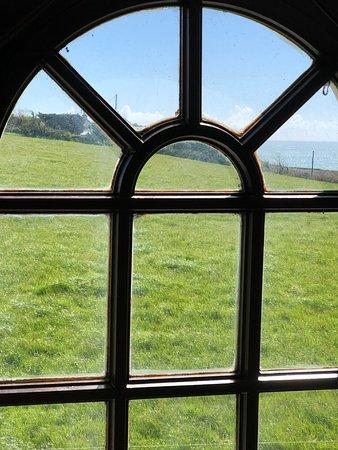Ballymacoda, Irlanda: View from picture window on second floor