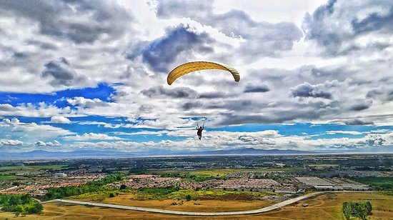 Paragliding Philippines: first solo flight