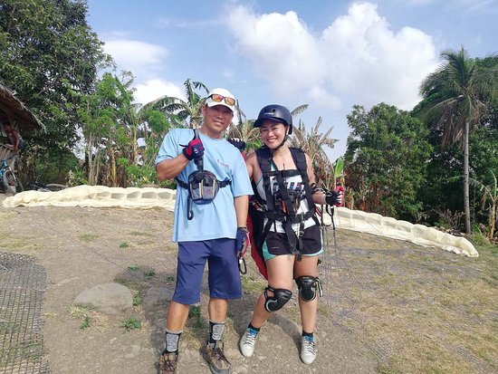 Paragliding Philippines: my instructor