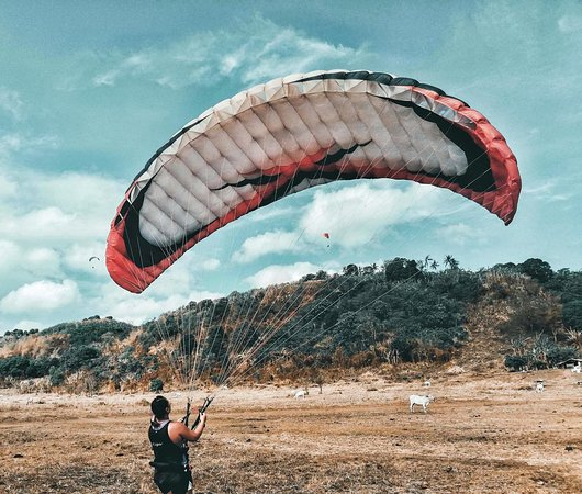 Paragliding Philippines: ground kiting