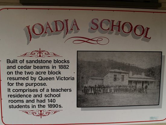 Joadja Creek, Australia: The Joadja School