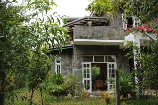 Entrance - Picture of The Rock House, Seeduwa - Tripadvisor