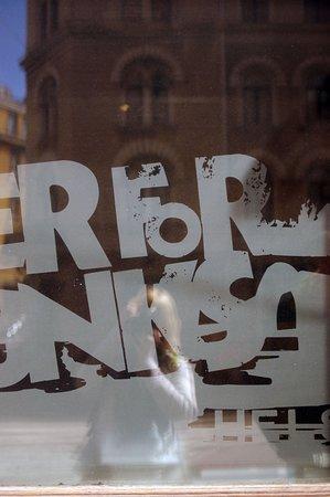 BrewDog Helsinki: интерьер