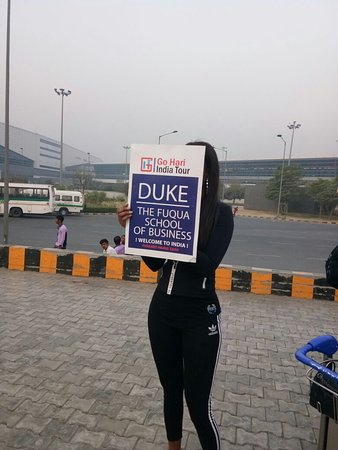 Jaipur District, Indien: we welcome our guest at Delhi airport