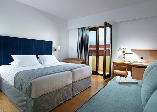 Porto Veneziano Hotel : Triple Room