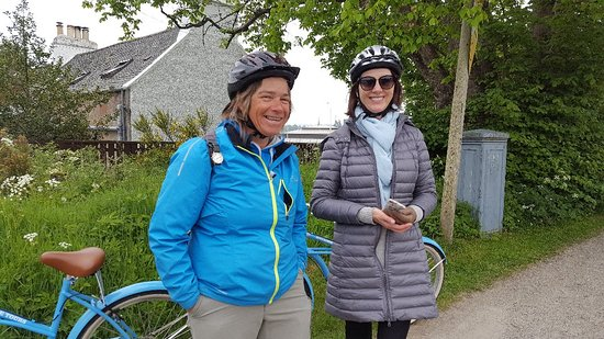 Inverness Bike Tour a 2 hours guided bike tour around the Waterways of Inverness Φωτογραφία