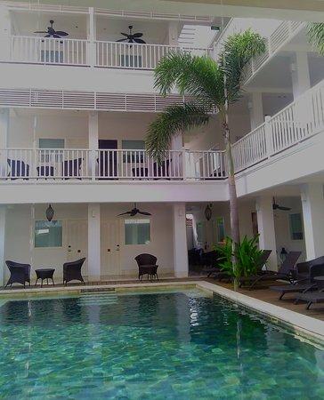 Samsara Inn by Lingga Murti: Rooms overlook pool and garden