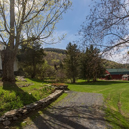 Mckie Hollow Farm: Rustic wedding barn and Christmas tree farm in Cambridge, NY showcase the BEST of rural Upstate!