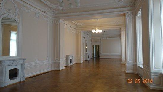 The General Staff Building: Главный штаб («Крыло Росси»), май 2018 года...