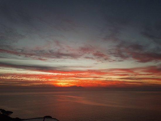 Gordon's Bay, Sudáfrica: 20180527_180101_large.jpg