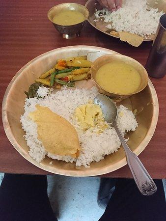 Everest Base Camp Trek - 14 Days: delicious dhal Bhat in Shivalaya