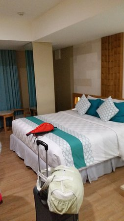 Bedrock Hotel Kuta Bali: Bed View