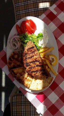 I Love Souvlaki: Burger filled with goudha cheese