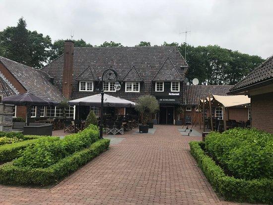Lunteren, The Netherlands: Das Restaurant mit Terrasse