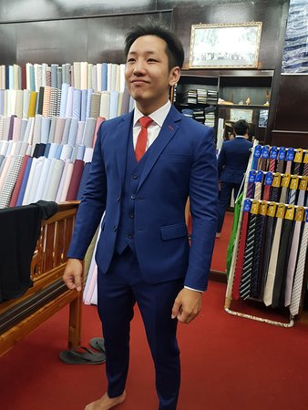 De' MARCO Fashions: A very happy client from Singapore.