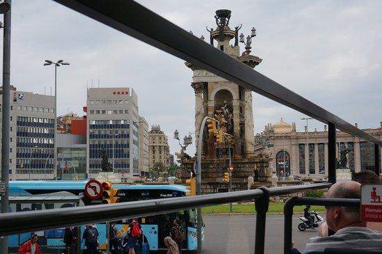 Plaça d'Espanya: バスの中から