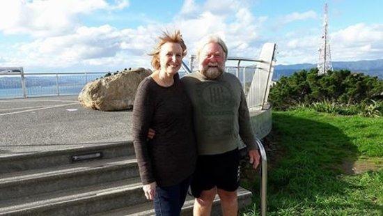 Xplor Tours: Carol and Mike (Auckland) at Mt Victoria Lookout, Wellington