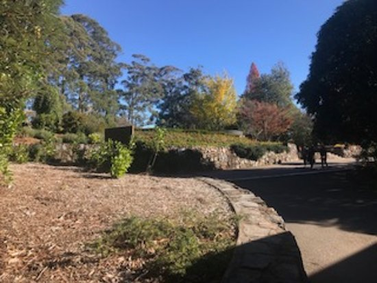 The Blue Mountains Botanic Garden: Walking around the gardens, viewing each garden was a surprise as they are all individual.