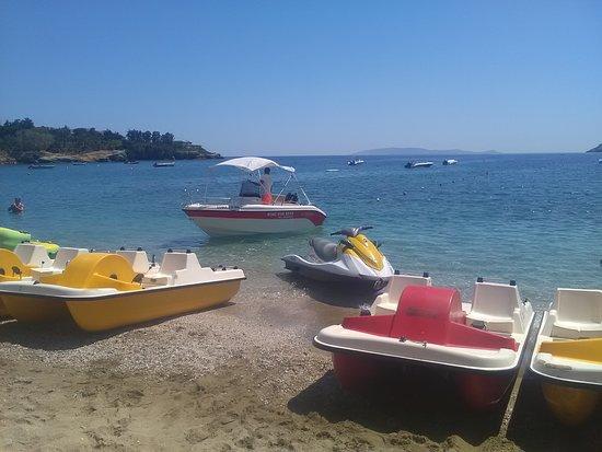 Aqua star,✓rent a boat 2 hours=90€, 3 hours=135€ ✓jet ski 15 minutes= 40€,20 minutes=50€ ✓speed