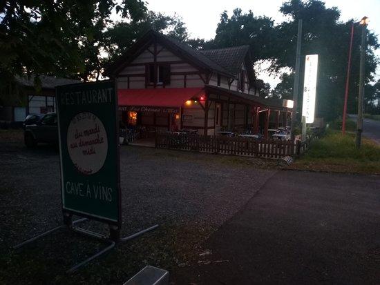 Bar Restaurant Les Chenes: Restaurant-Cave à vins