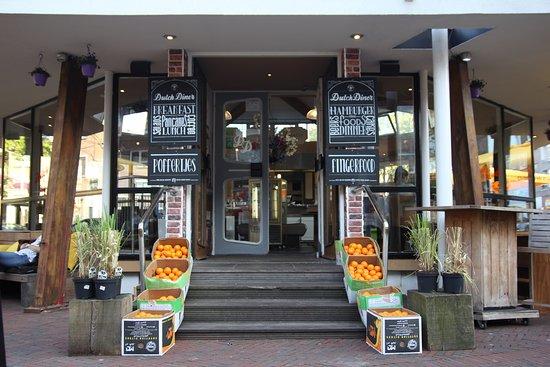 Dutch Diner: Front
