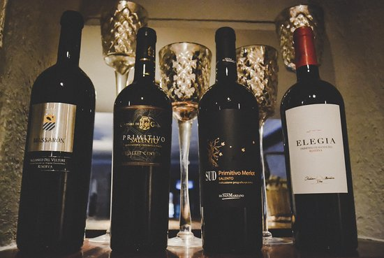 Ristorante Pizzeria Il Mulino: Genießen sie eine hervorragende Weinauswahl.