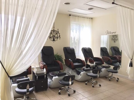 Newark, OH : Enjoy a relaxing Pedicure