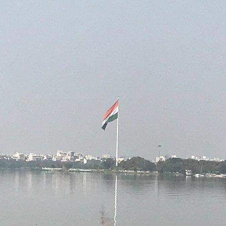 Hussain Sagar Lake照片