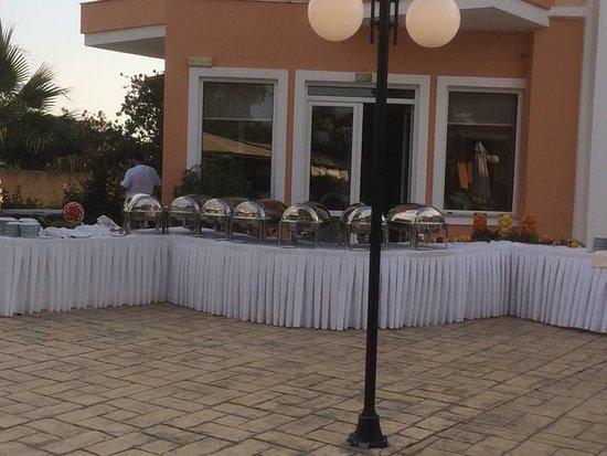 Avantis Suites Hotel照片