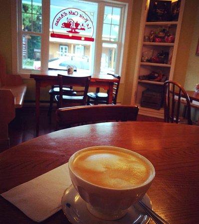 Saint-Come, Kanada: Bol de latté des plus réconfortant !