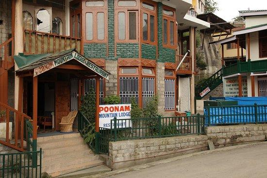 Poonam Mountain Lodge
