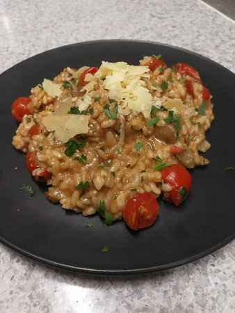 Myaree, Австралия: Risotto (with carnaroli rice) porcini mushrooms and cherry tomatoes
