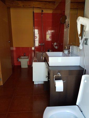Masia d'en Valenti: Cuarto de baño, con bañera hidromasaje