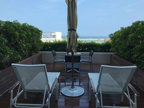 Hilton Okinawa Chatan Resort: 部屋のテラス