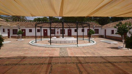 Hotel Cortijo del Arte: Patio de Los Bueyes
