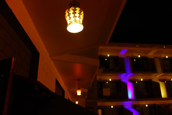 Sun Park Resort Manali: Disco balconies?