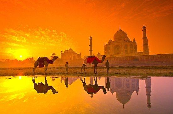One Day Taj Mahal Tour: sun-set-view-of-tajmahal