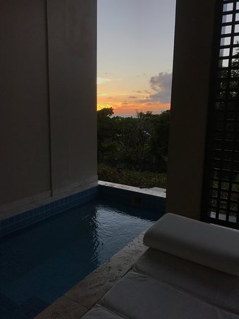 Sugar Ridge Resort: infinity pool for room 36 at sunset