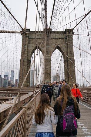 สะพานบรู๊คลิน: Stroll