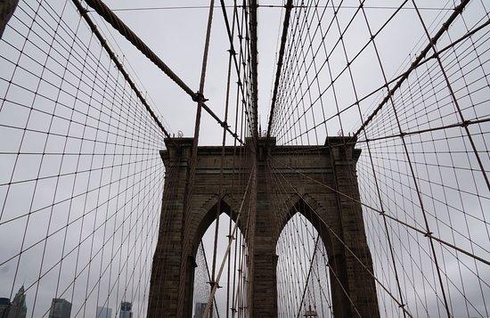 สะพานบรู๊คลิน: Iconic