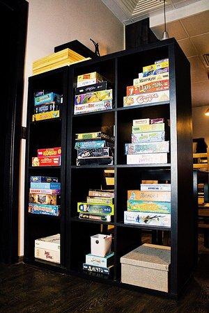 Jeffrey's Coffee Arbat : Большое количество настольных игр - еще одна причина посетить наш Джефрис с друзьями!