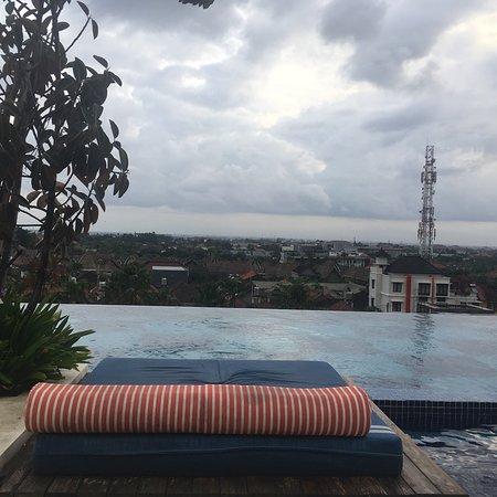 巴厘岛TS套房别墅酒店照片